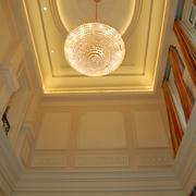 欧式风格住宅设计客厅吊顶