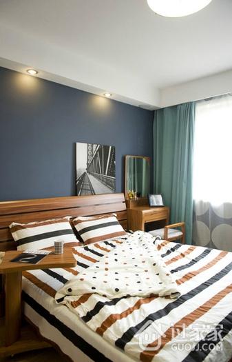 简约多彩两居室欣赏卧室窗帘