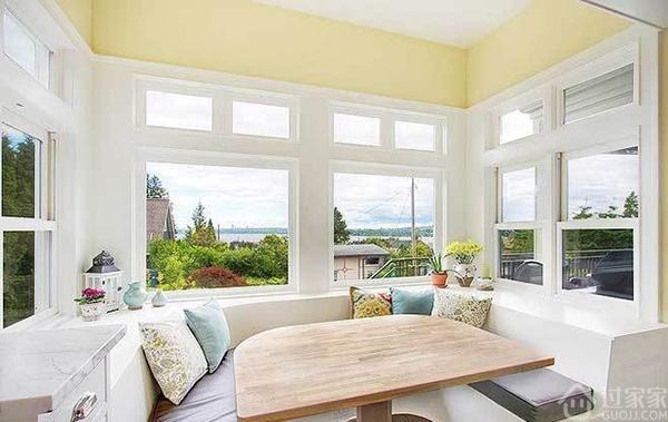 飘窗变书房,聊聊飘窗设计有哪些创意的打开方式