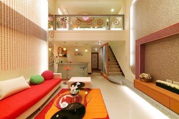 124平简约复式楼欣赏客厅