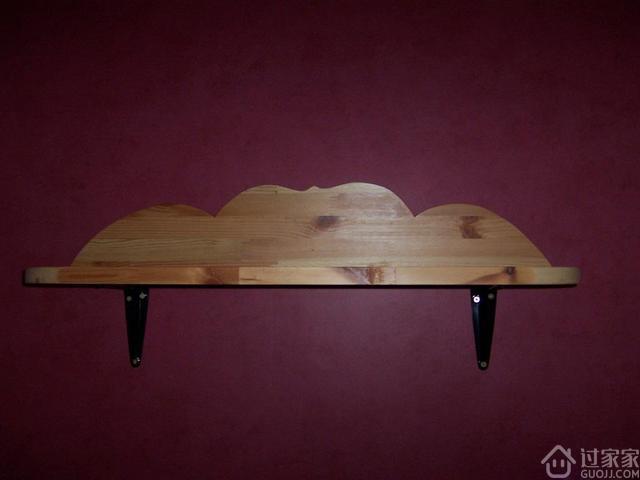 我家的床头置物架和别人不一样?那是我用木材的边角料DIY的!