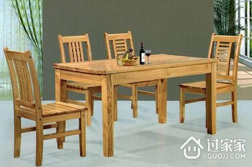 橡木餐桌好还是松木餐桌好?