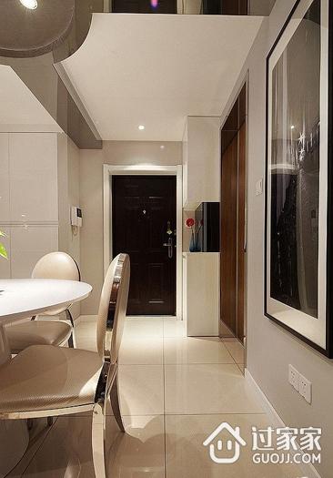 客厅室内门装修效果图  简单的美