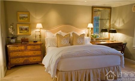 高质量的生活,卧室壁灯这样搞会更好