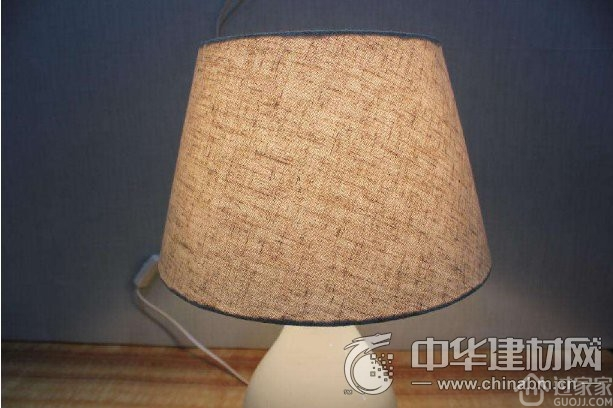 台灯灯罩有哪些 台灯灯罩哪种好
