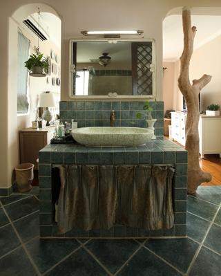 简约温馨三居案例设计欣赏洗手间