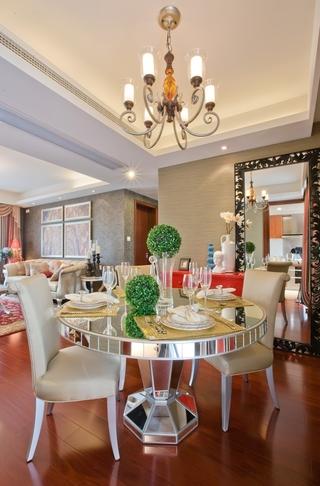 典雅法式装饰住宅欣赏餐厅
