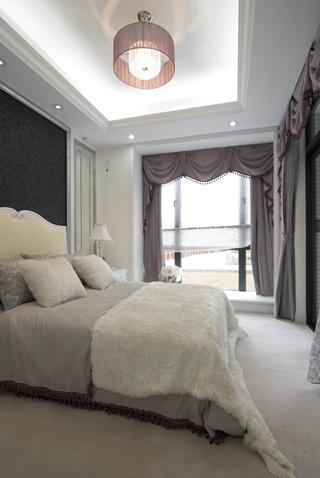 豪华欧式风卧室飘窗