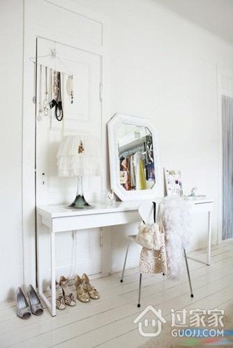 白色简约唯美设计欣赏卧室局部