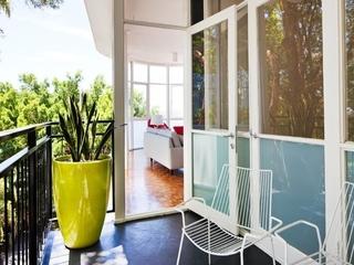 海滨现代顶层住宅欣赏阳台