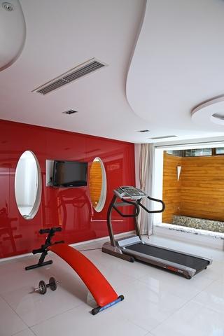 现代风格样板间住宅健身房