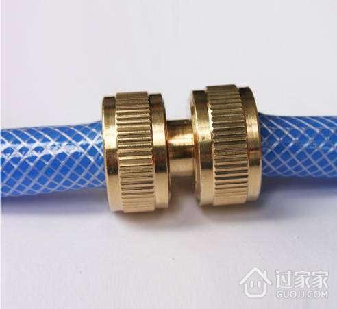 水管转换接头的安装方法