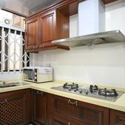 厨房咖啡色木质橱柜