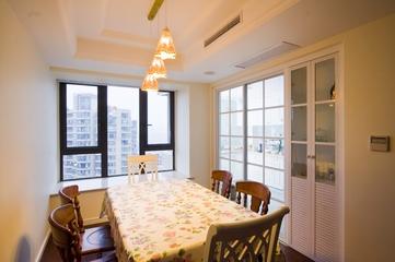 98平东南亚温馨住宅欣赏餐厅设计