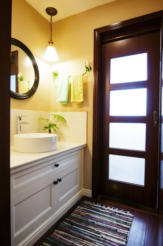 102平温馨美式住宅欣赏洗手间