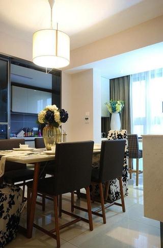 89平简约三居室餐厅灯饰欣赏
