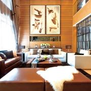 新古典港式风格客厅背景墙挂画