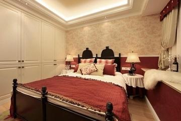 卧室衣柜装修效果图 小两口温馨的家