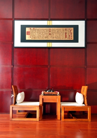 古典风暗红木质背景墙