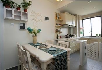 70平简约两居室案例欣赏餐厅餐桌