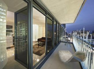现代都市公寓欣赏阳台