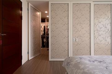 117平温馨新古典三居欣赏卧室局部