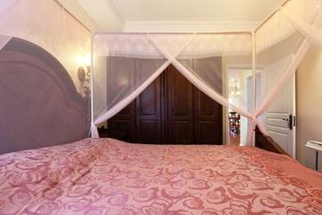 美式风三居室雅居欣赏卧室衣柜