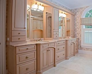 轻奢欧式风效果图洗手间
