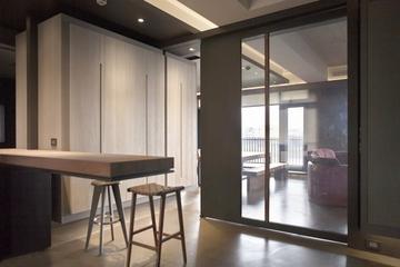 78平现代风两居室欣赏过道陈设