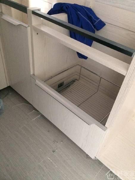 新房装修,人还没入住,橱柜下水管却漏水了!