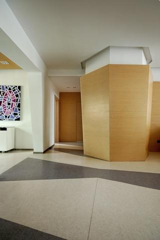 现代风格装修套图设计入户门