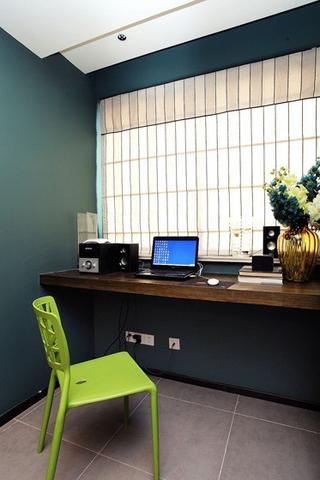 110平现代三居室欣赏书房飘窗