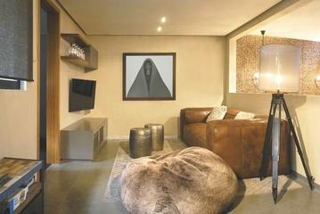 128平现代复式住宅欣赏卧室
