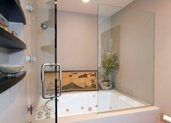 透明玻璃浴缸效果图