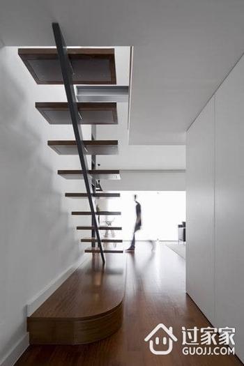 89平白色现代复式楼欣赏楼梯间