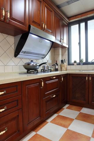 美式风三居室案例欣赏厨房橱柜
