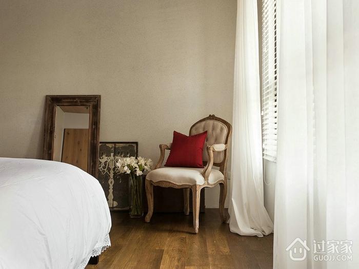 温馨家居生活 卧室窗帘装饰效果图