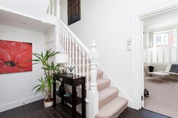 简欧风格楼梯设计效果图欣赏