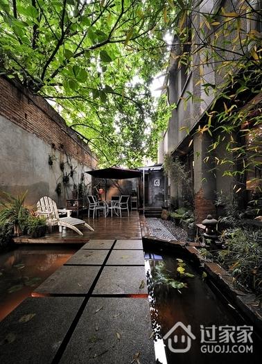 古朴自然深色住宅欣赏庭院