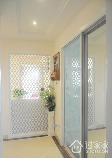 白色浪漫简约两居室欣赏过道室内门