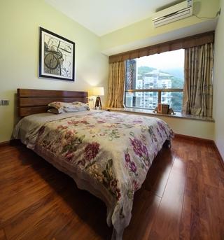 东南亚风格三居室欣赏卧室飘窗