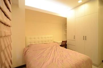 99平白色现代三居欣赏卧室陈设
