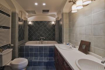 185平美式温馨别墅欣赏卫生间设计