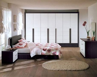 卧室地毯怎么铺 三招打造舒适卧室