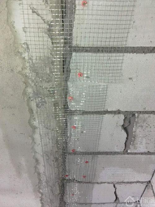 头一次见新旧墙体连接用植筋、钢丝网,老工头揭秘真相!