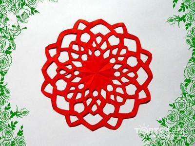 红纸·剪刀·笔   步骤    窗花剪纸教程1,正方形红纸.