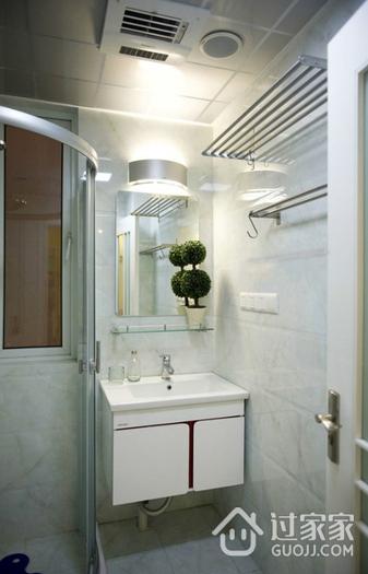 简约多彩两居室欣赏卫生间吊顶