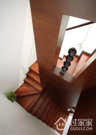 小户型现代别墅欣赏楼梯间