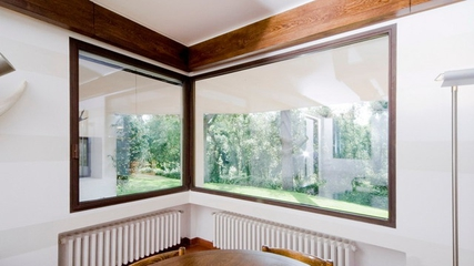 现代优雅两居室欣赏卧室窗户