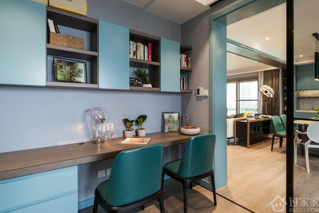 170㎡现代简约,客餐厅的横梁,装成这样够漂亮!